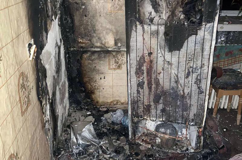 За попередньою інформацію, причина пожежі - коротке замикання