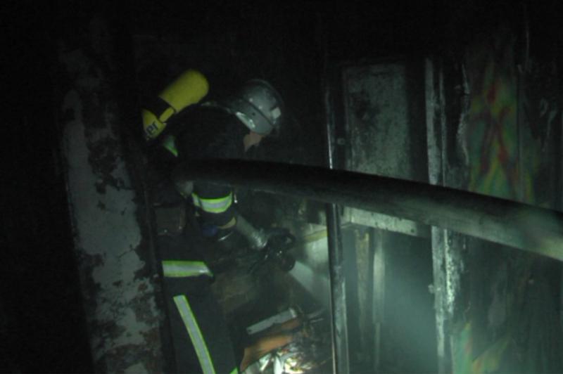 Рятувальники ліквідували пожежу на заводі з обробки металу