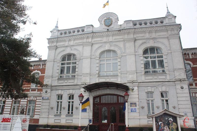 Питання об'єднання двох ДЮСШ мають у майбутньому вирішити депутати міськради