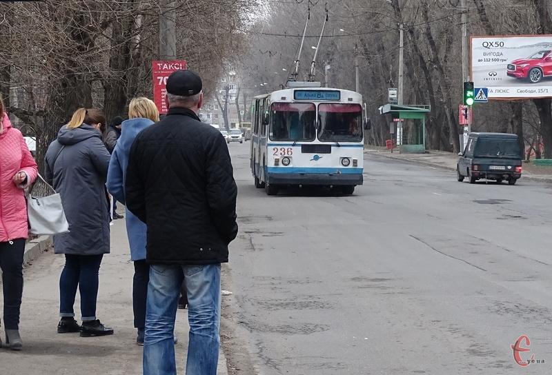 З 25 листопада у мікрорайон Гречани курсуватимуть додаткові тролейбуси