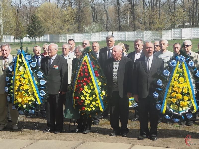 Пам'ять жертв концтаборів вшанували у мікрорайоні Ракове