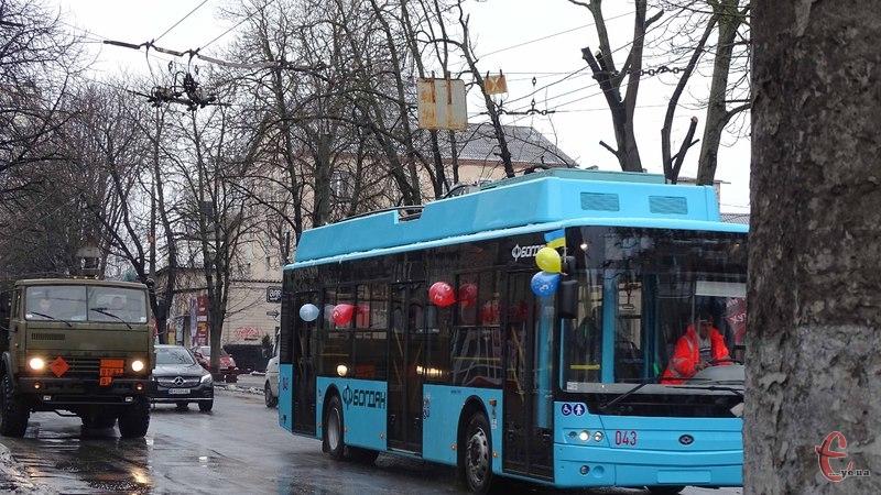 28 грудня, до 24-ої години тимчасово змінено схеми курсування громадського транспорту