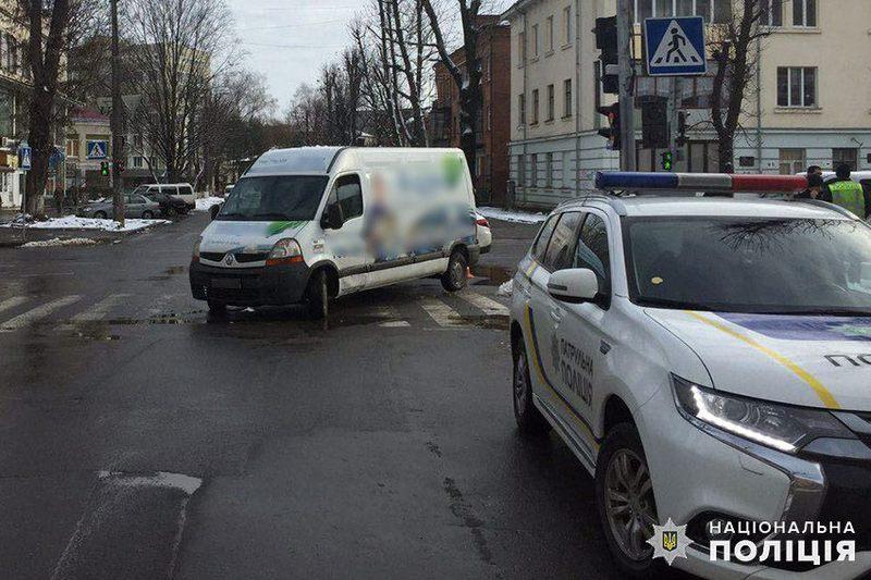 Аварія сталася на перехресті вулиць Грушевського та Володимирська