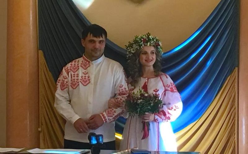 Олександр Попов та Марина Українець відтепер чоловік та дружина