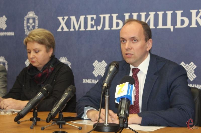 «Будь-яких причин для паніки немає — усі медзаклади області працюють у штатному режимі», — Дмитро Габінет
