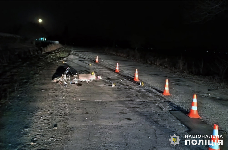 Поблизу села Малий Чернятин Старокостянтинівського району сталася аварія, після якої водія мопеду госпіталізували до лікарні