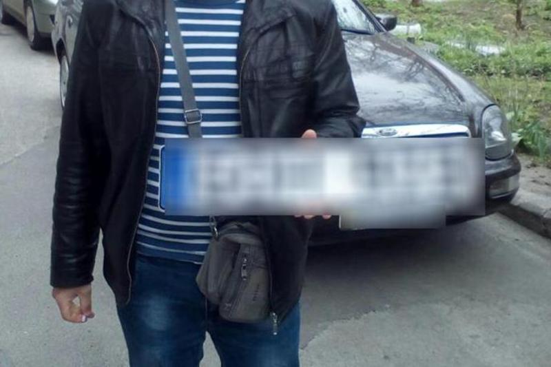 Правоохоронці знайшли одразу три викрадені номерні знаки