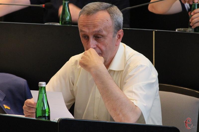 Віктор Паламарчук каже, якщо не вдасться купити 4 дуобуси, то куплять 7 тролейбусів