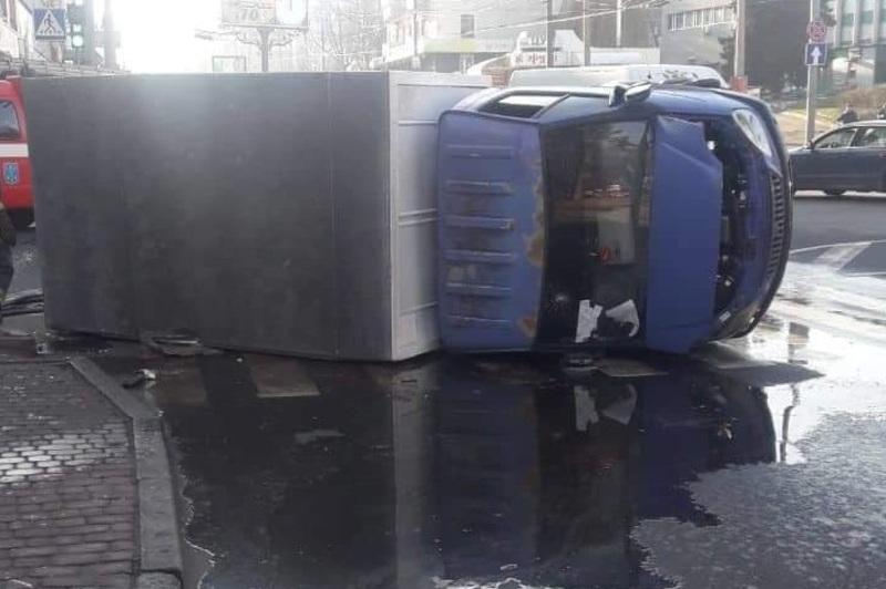 Аварія сталася на перехресті вулиць Проскурівська – Свободи