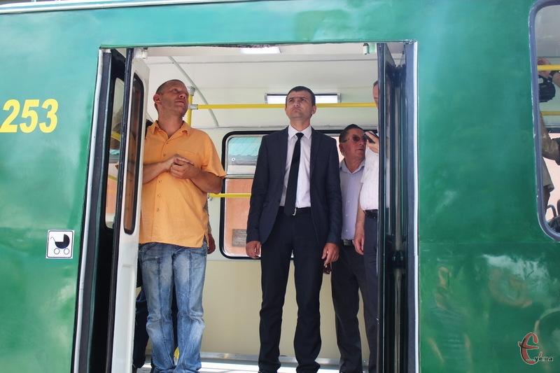Мер Хмельницького Олександр Симчишин вважає, що в місті потрбіно відкривати нові тролейбусні маршрути