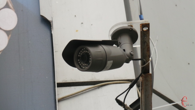Камери допоможуть правоохоронцям ловити злочинців