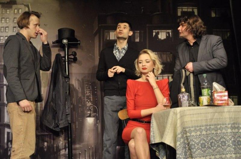 Друга частина спектаклю отримала одразу три премії фестивалю «Театральна сесія-2014»