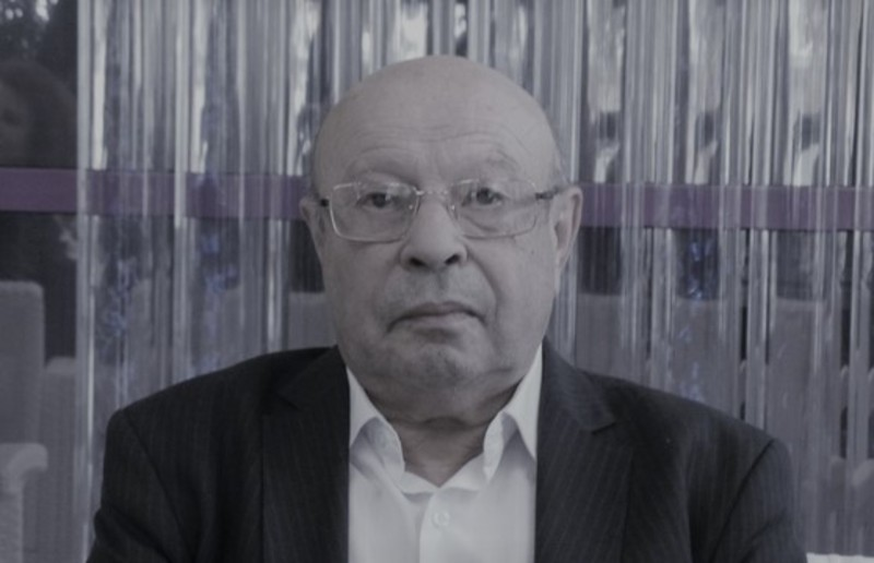 Гаррі Дробнер з 1979 року працював у Хмельницькому обласному онкологічному диспансері