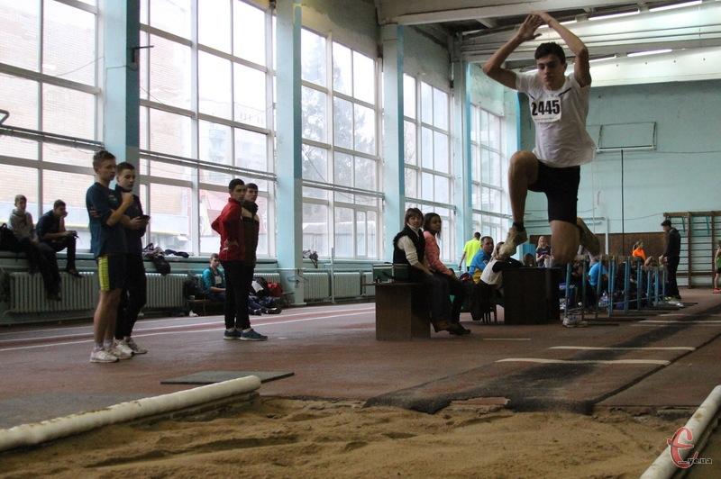 У Хмельницькому пройшов ХІІ відкритий обласний легкоатлетичний турнір «Подільська зима»