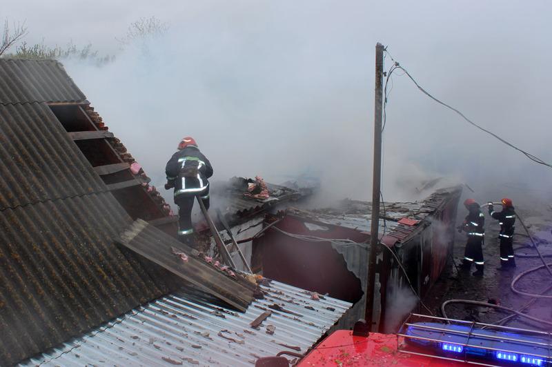 Пожежа поширилася на 130 метрів квардратних