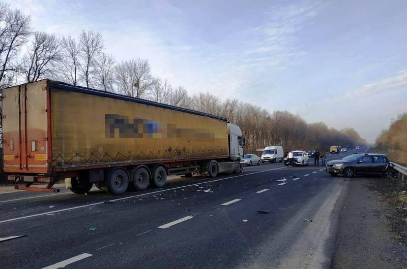 Аварія сталася поблизу села Малиничі Хмельницького району
