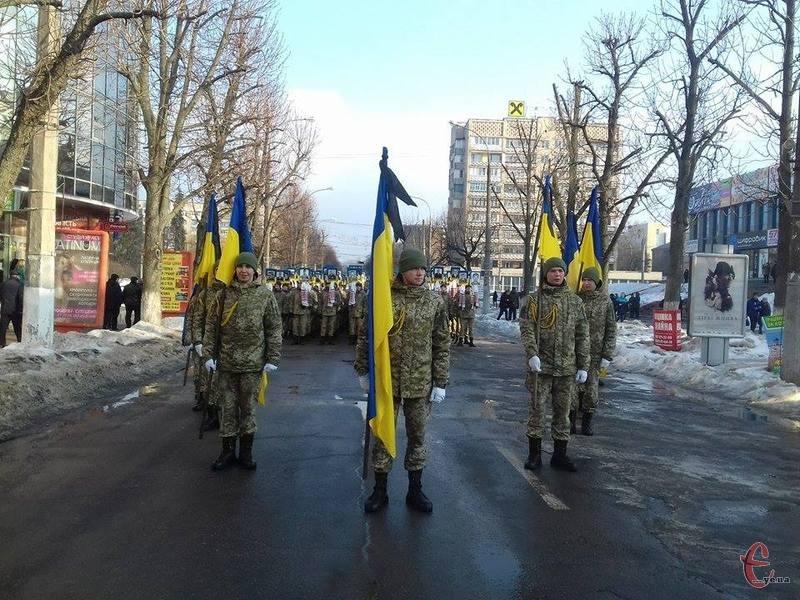 Сьогодні у Хмельницькому вшановують Героїв Небесної Сотні