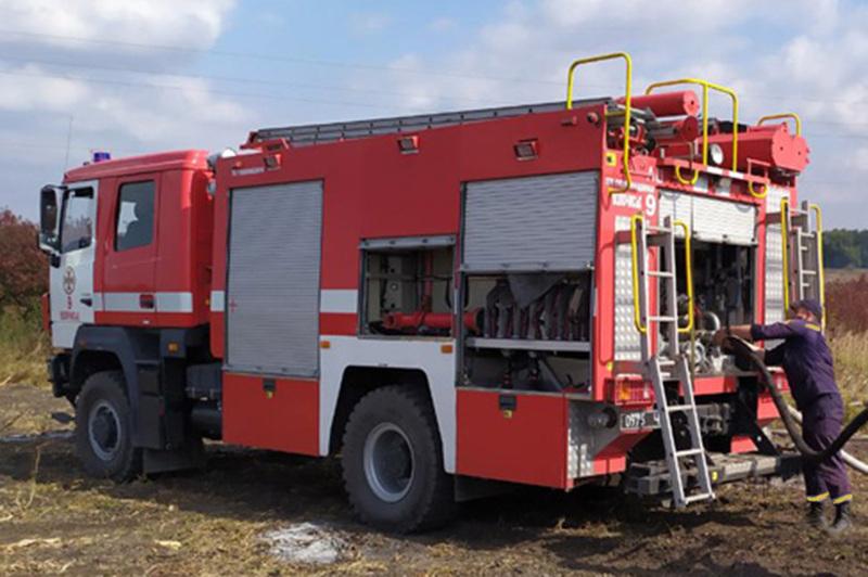 Минулої доби на Хмельниччині сталося чотири пожежі