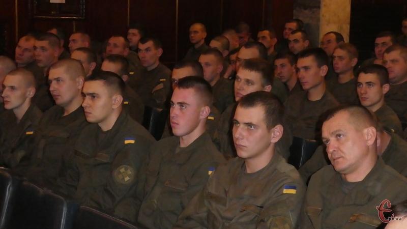 Військовослужбовців привітали з річницею створення частини