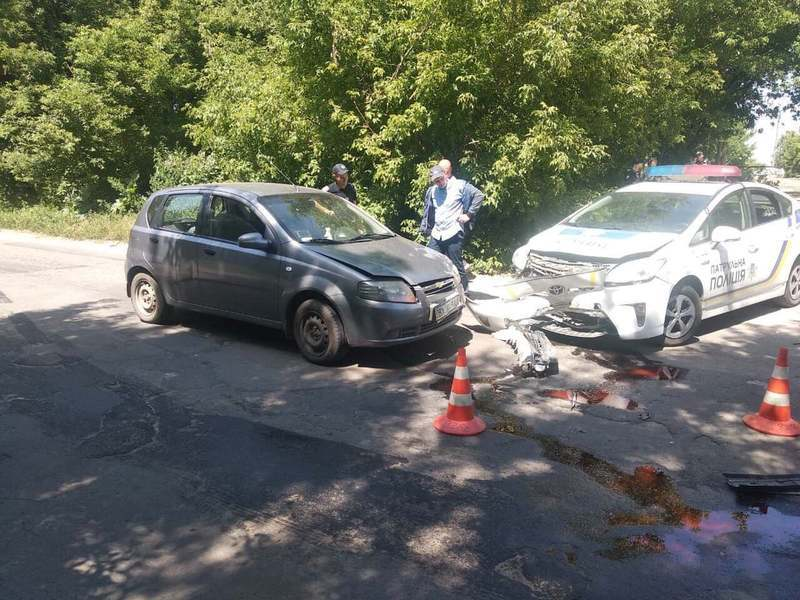 У ДТП потрапила автівка патрульної поліції