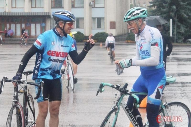 До Дня Незалежності до Хмельницького приїдуть на змагання велосипедисти з різних областей України