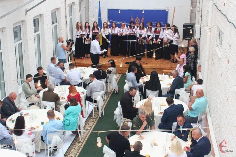 У Хмельницькому до Дня Незалежності відбувся традиційний молитовний сніданок