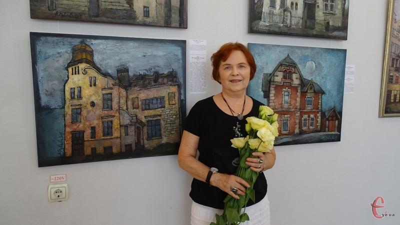 Це дев'ята персональна виставка Неллі Павлової у стінах обласного музею