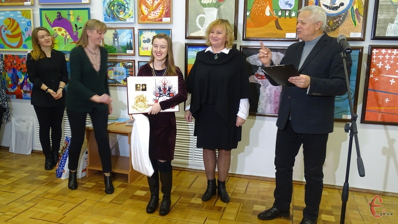 В обласному художньому музеї нагородили переможців мистецького конкурсу імені Людмили та Миколи Мазурів «Подільська палітра»