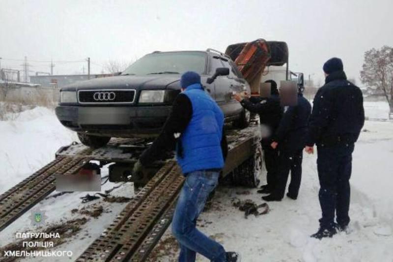 Автомобіль евакуювали на арештмайданчик