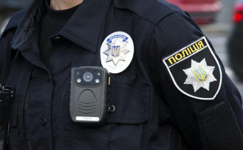 У Хмельницькому 33-річний водій, який вчинив ДТП у стані алкогольного сп'яніння, намагався відкупитись від патрульного