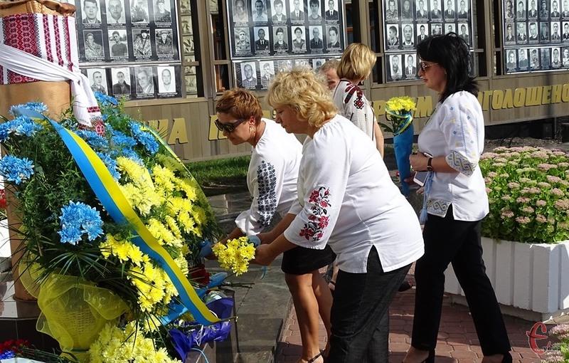 День пам'яті загиблих захисників України призначили саме на 29 серпня через втрати в Іловайську