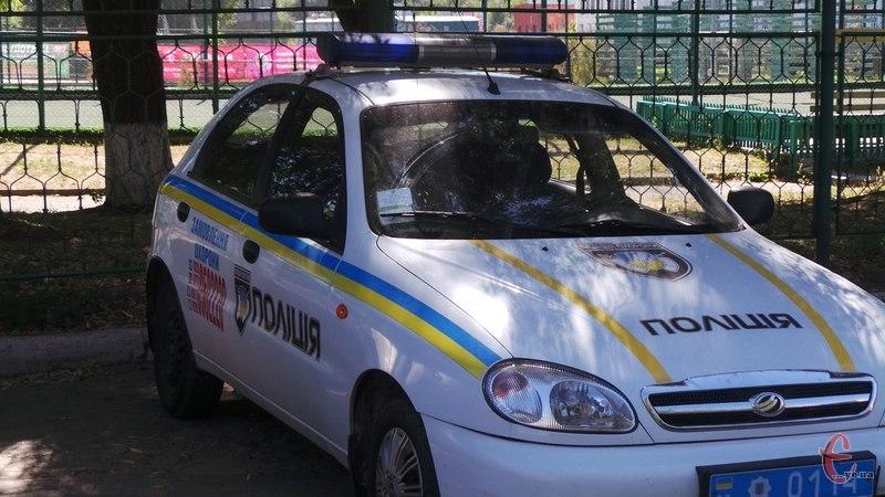 Поліцейські охорони затримали дебоширів