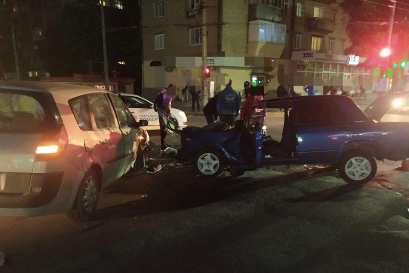 Аварія трапилась на перехресті Кам'янецької і Проскурівського підпілля