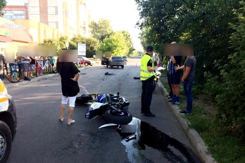 В результаті аварії постраждав мотоцикліст