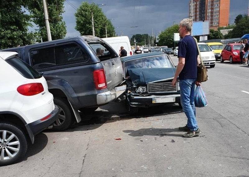 Аварія сталася на вулиці Толстого у Хмельницькому