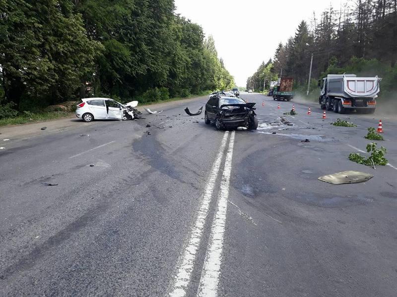 На Вінницькому шосе зіткнулось дві автівки