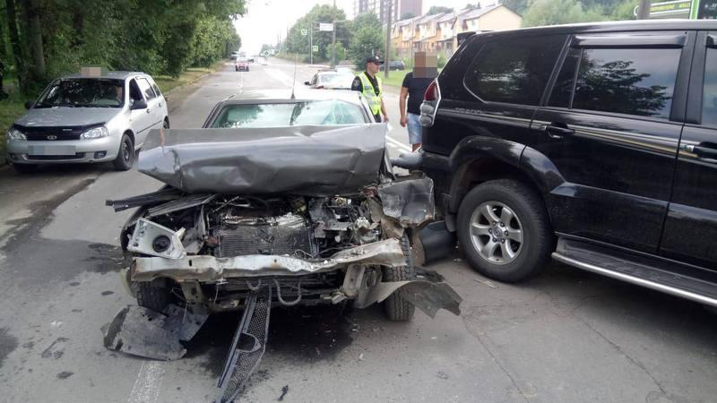 Аварія сталася на вулиці Озерній