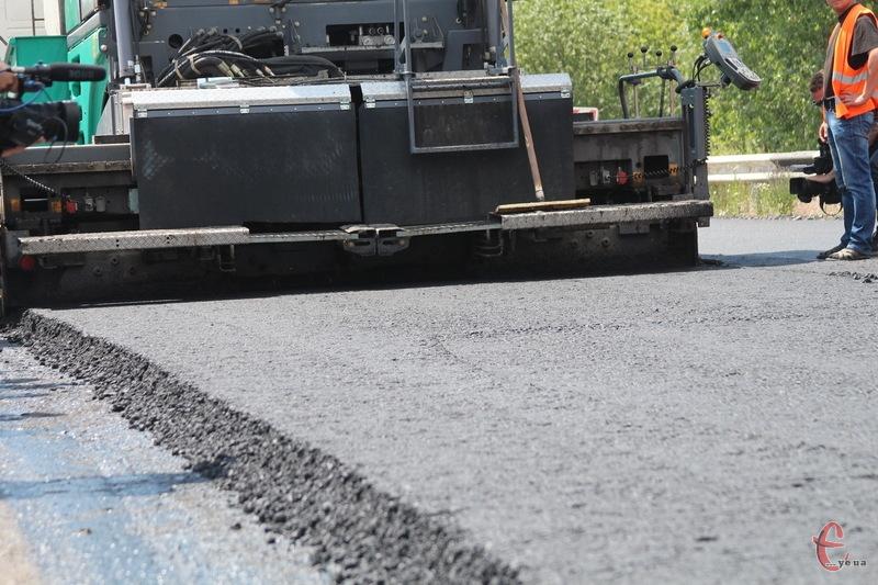 У суботу-неділю і аж до ранку понеділка в Хмельницькому на Старокостянтинівському шосе ремонтуватимуть дорогу