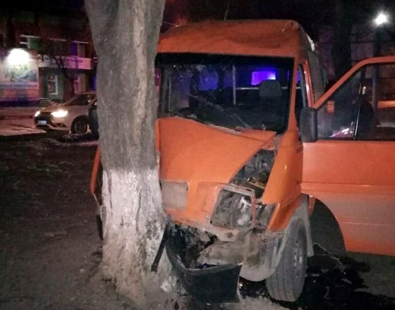 У ДТП важко травмувався 46-річний водій