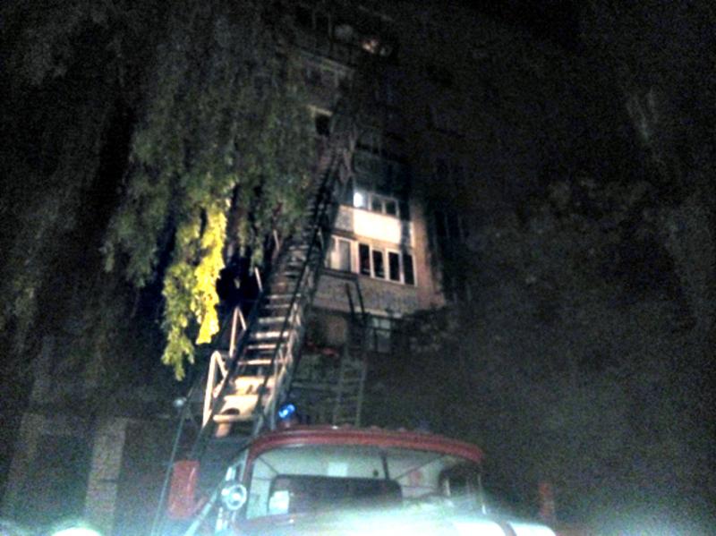 Пожежа виникла через залишений недопалок на балконі