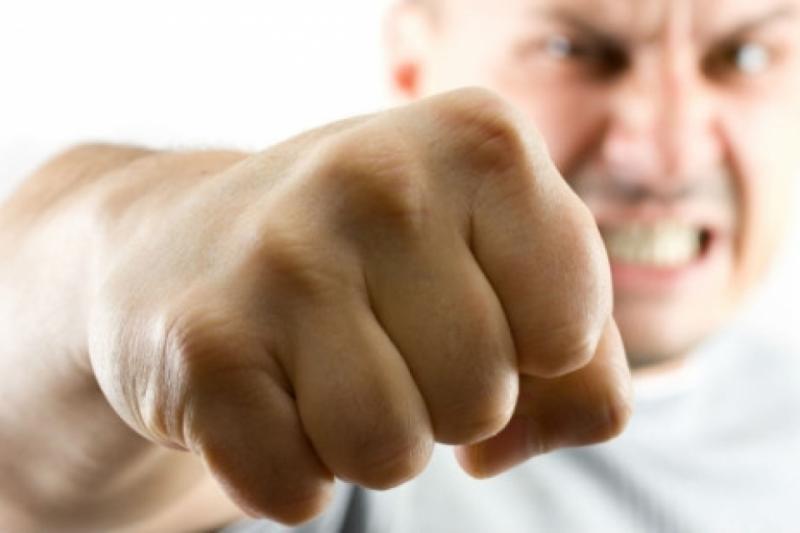 Ревнощі стали причиною бійки між чоловіками