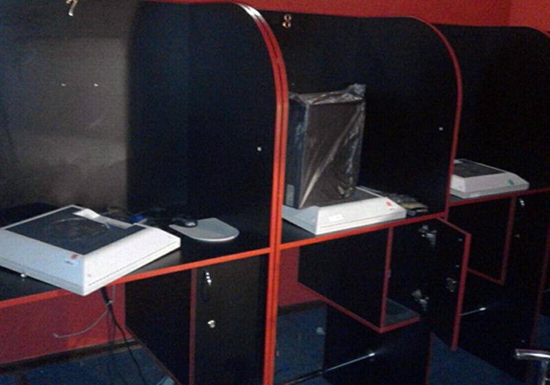 Гральний заклад був замаскований під інтернет-клуб