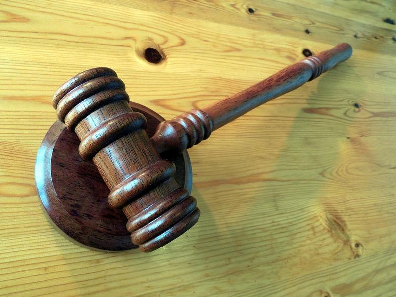 Аукціон та укладення договору купівлі-продажу майна відбулось з порушенням вимог