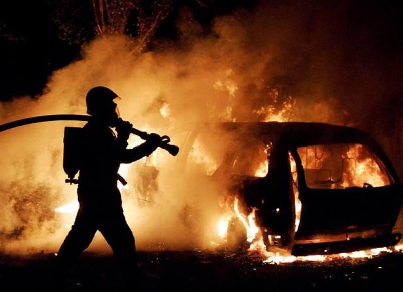 Хто підпалив авто має встановити слідство
