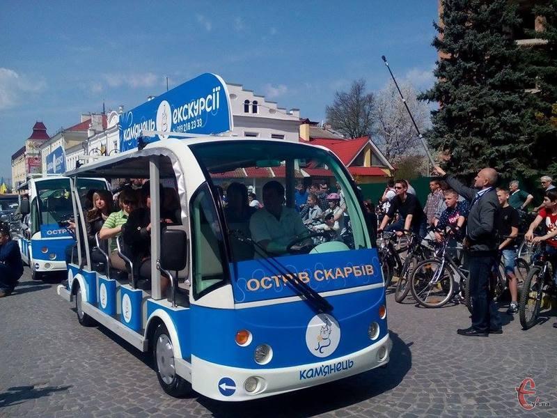 Екотранспорт – не новинка для України. Такі автомобілі вже є у Вінниці, Львові, Одесі.