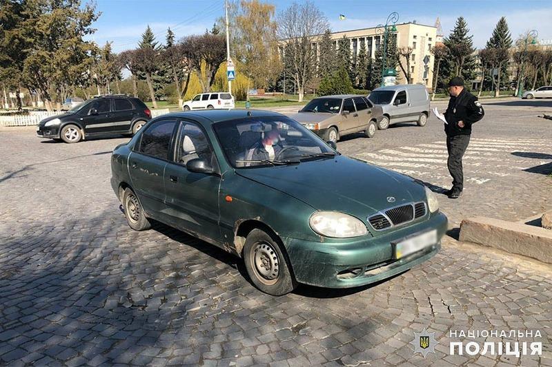 Аварія сталася на перехресті вулиць Князів Коріатовичів та Огієнка