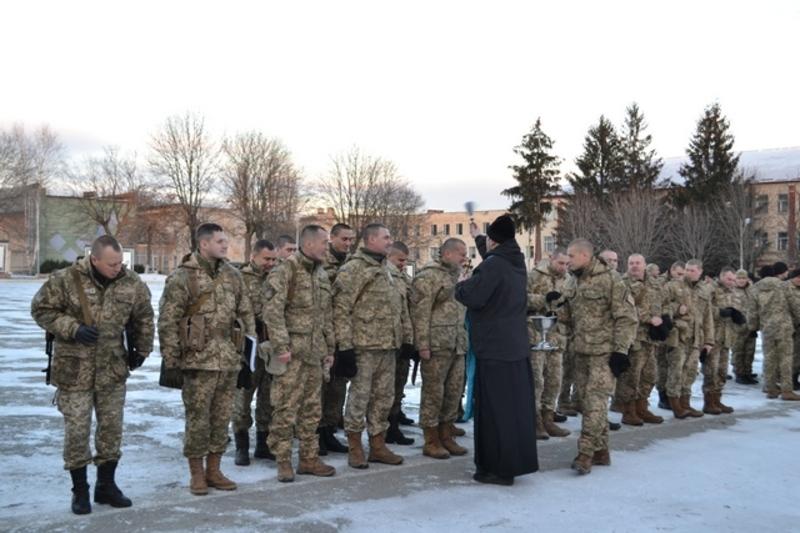 Тридцять військовослужбовців 11-го понтонно-мостового батальйону відправилися на Схід для виконання завдань у зоні АТО