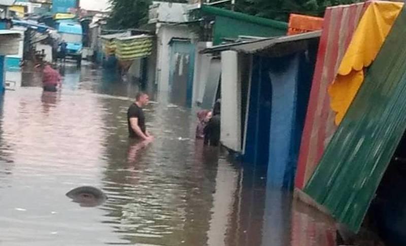 На вулицях вода стояла щонайменше годину