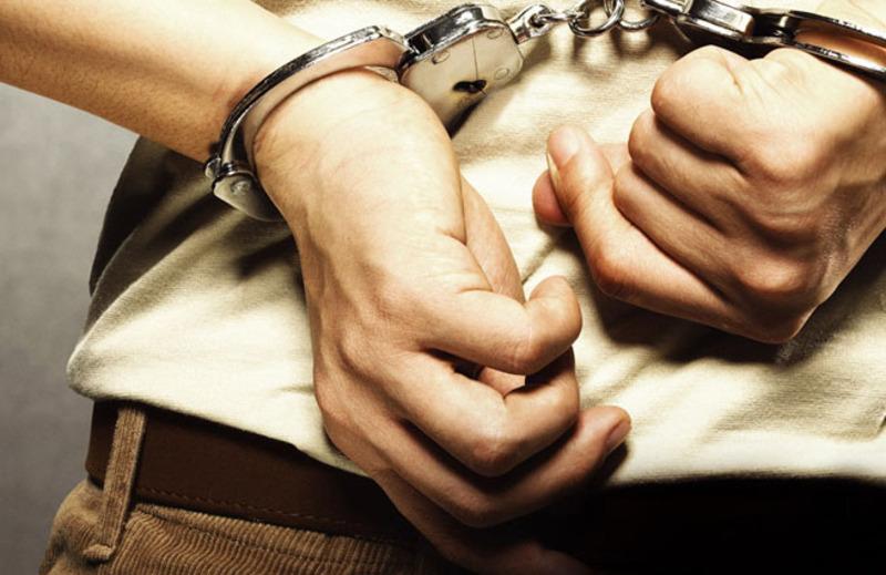 Кам'янчанина, якого підозрюють у грабежах та крадіжках, загрожує до 7 років тюрми