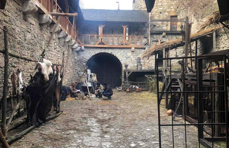 За сюжетом, у фільму відображені події 1636 року